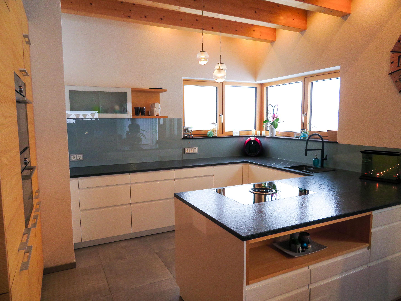Naturholz-Küche vom Feinsten - Tanno